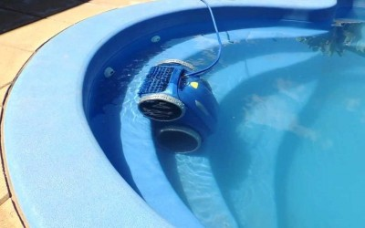 High-tech pool cleaners